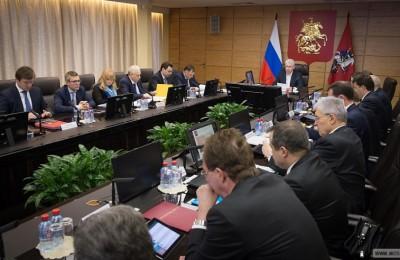 Правительство Москвы оплачивает каждый третий рубль расходов на ЖКУ