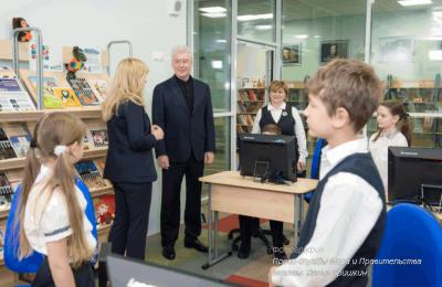 Мэр Москвы Сергей Собянин осмотрел новую школу в районе Куркино