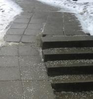 Пешеходную дорожку отремонтировали в районе Бирюлево Западное