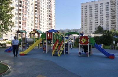 В районе Бирюлево Западное прошел текущий ремонт детских площадок