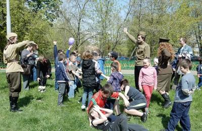 Депутаты организуют экскурсию в музей Великой отечественной войны для юных жителей района