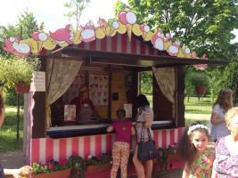 Фестиваль мороженого проходит в Москве с 24 июня по 10 июля