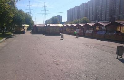 Ярмарка выходного дня в районе Бирюлево Западное работает без серьезных нарушений