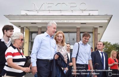 Сергей Собянин осмотрел благоустраиваемую площадь Мясницкие ворота