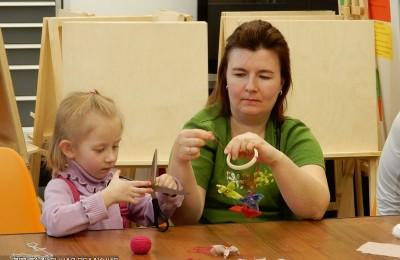 Жителям района Бирюлево Западное напомнили о правилах поведения детей, оставшихся дома без взрослых