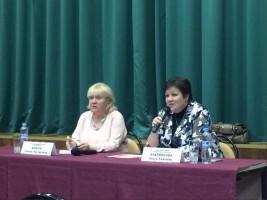 Галина Ковтун на встрече главы управы с населением в январе
