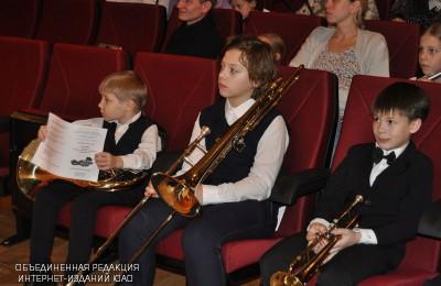 Команда школы №2001 организовала творческие и спортивные мастер-классы на ежегодном фестивале