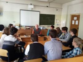 В школе №2001 прошла встреча с астрофизиком Константином Лобачевым