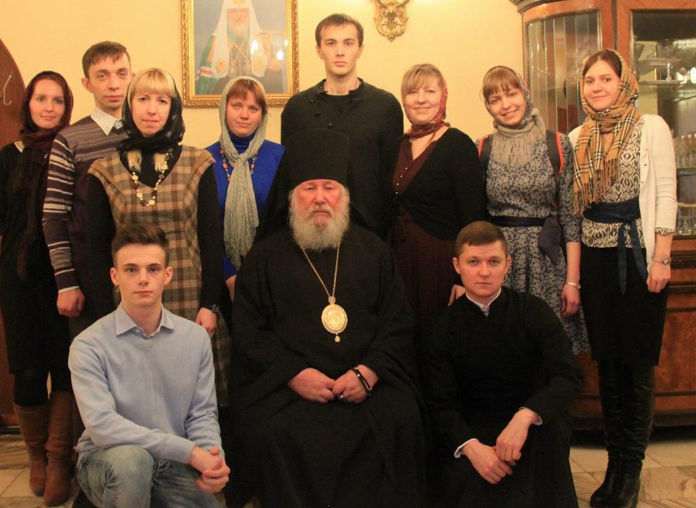 Неменее 70 процентов граждан России показали стремление поклониться мощам Николая Чудотворца