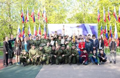 Военно-патриотическая игра «Зарница» в сквере «Школьный»