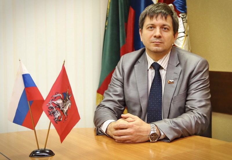 Депутат Дмитрий Балашов