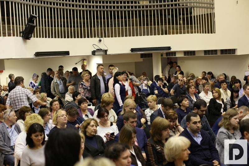 префект ЮАО Алексей Челышев встретился с жителями